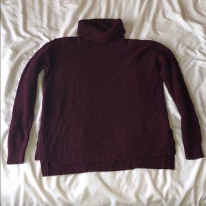 Madewell Fine Rib Maroon Turtleneck Sweater.